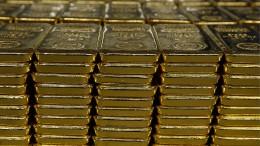Heftige Aufschläge auf Barren und Münzen