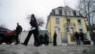 S&K sollen Opfer um 240 Millionen Euro gebracht haben