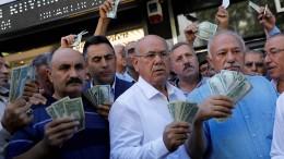 Türkische Notenbank hebt Leitzins deutlich an