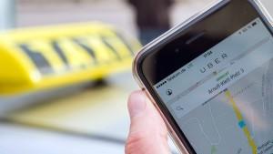 Landgericht Stuttgart verhandelt Klage der Taxi-Zentrale gegen Uber