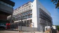 Die Baustelle der Württembergischen Landesbibliothek in Stuttgart: Damit bei der Umsetzung solcher Vorhaben so wenig wie möglich von der Planung abweicht, kommt seit Jahren verstärkt entsprechende Software zum Einsatz.