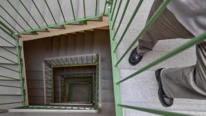 BGH klärt Streit um Einbau eines Fahrstuhls fürs Alter