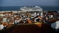 Lissabon - die Hauptstadt Portugals ist für Toruisten überaus lohnenswert. Wie sieht es aber mit portugiesischen Staatsanleihen aus?