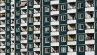 Genossenschaftliches Wohnen lohnt sich für viele Mieter, nur wird es immer schwieriger, dort eine Bleibe zu ergattern.