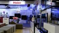 Der chinesische Hausgeräte-Hersteller Haier ist mit seinen Waschmaschinen und Kühlschränken auch in Europa ein Begriff.
