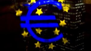 Euro fällt auf Jahrestief