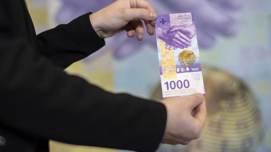 Immer gern unter die Matratze gesteckt: Der 1000-Franken-Schein, der Welt wertvollste Banknote.