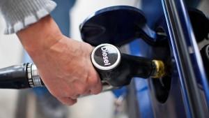 Wie teuer werden Benzin und Heizöl?