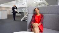 Keine leeren Werkshallen, mehr Gleichrangigkeit. Siemens-Personalchefin Janina Kugel.