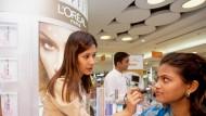 Geschäft mit Luxus-Kosmetik treibt L'Oreal-Umsatz an
