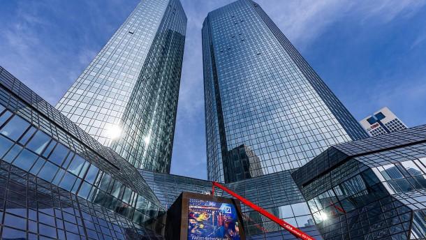 Deutsche Bank verlangt Negativzinsen