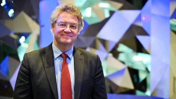 Ulrich Stephan - Der Chef-Anlagestratege für Privat- und Geschäftskunden der Deutschen Bank stellt sich in Frankfurt den Fragen von Dyrk Scherff