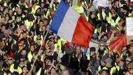 """Über die Konsequenzen der """"Gelbwesten""""-Proteste für die Börse in Paris gehen die Meinungen auseinander."""