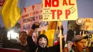Sind sich ausnahmsweise einig: Linke Globalisierungsgegner lehnen das transpazifische Handelsabkommen TPP ebenso ab wie Donald Trump.