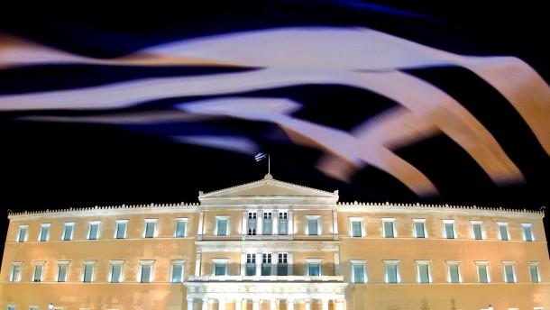 Anleger leihen Griechenland drei Milliarden Euro