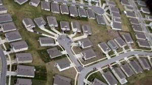 Massen-Herabstufung: S&P senkt Daumen für Hypothekenanleihen