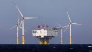 Auch wenn Windräder das bevorzugte Symbol für Nachhaltigkeit sind - es geht dabei um mehr als Umweltschutz und Klimawandel.