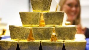 Lohengrin, eine aufgebohrte Wand und 20 Goldbarren