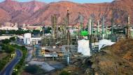 Bilfinger wartet Ölförderanlagen in Oman. Dabei flossen einst erkleckliche Bestechungsgelder.