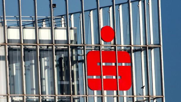Ostdeutsche Sparkassen wollen selbständige DekaBank