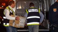 Spaniens Polizei darf Heiligenfigur Verdienstorden verleihen