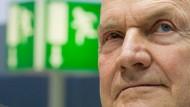 VW-Aufsichtsratschef Ferdinand Piëch hatte sich von Vorstandschef Martin Winterkorn distanziert und löst damit einen Machtkampf aus