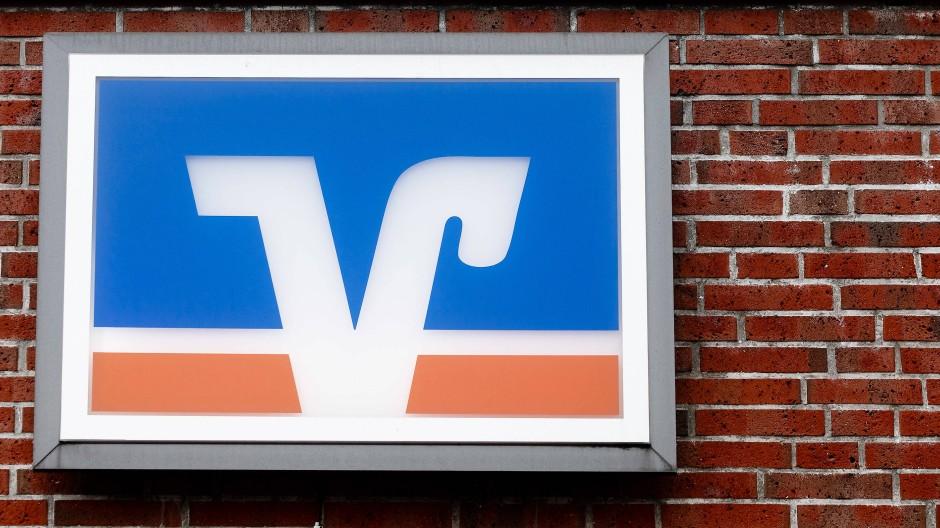 Genossenschaft: Markenzeichen einer Volks- und Raiffeisenbank in Schleswig-Holstein