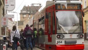 Bus- und Bahnfahren wird teurer