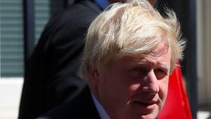 Rücktritt von Außenminister Johnson drückt Pfundkurs