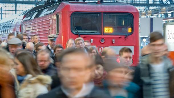 Bahn-Fahrgäste müssen vorerst keine Streiks fürchten