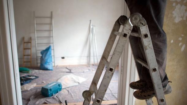 vorsicht bei der renovierung. Black Bedroom Furniture Sets. Home Design Ideas