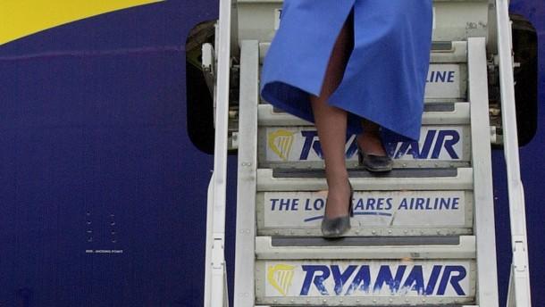 Ryanair kappt abermals Gewinnprognose