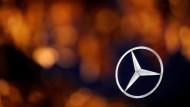 Daimler nach Senkung der Prognosen unter Druck