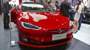 421 PS, 4,4 Sekunden auf 100 Kilometer, 250 in der Spitze - und das elektrisch: der Tesla Model S