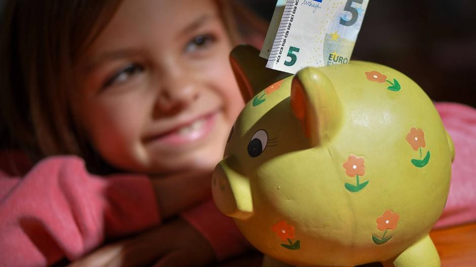 Nimmt immerhin keine Zinsen fürs Aufbewahren: das Sparschwein.