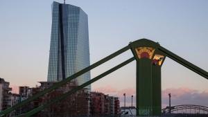 EZB speckt Stresstests ab