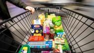 Lebensmittel haben sich im Juli zwar verteuert, doch im Durchschnitt sank die Inflationsrate im Juli