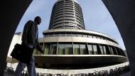 """Vertreter der Bank für Internationalen Zahlungsausgleich (BIZ) warnen vor einem möglichen """"Anleihencrash""""."""