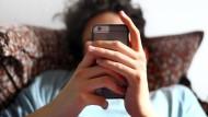 Schnelle Kredite per Smartphone: Mybucks möchte nun auch Kunden bedienen, die nur schwer an Kredite herankommen.