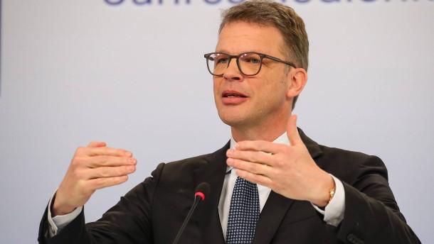 Kurs der Deutschen Bank unter Druck