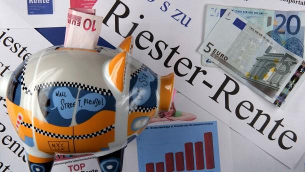 Der Druck auf die Riester-Renten wächst