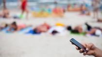 Im Urlaub wird das Handy zur Kostenfalle