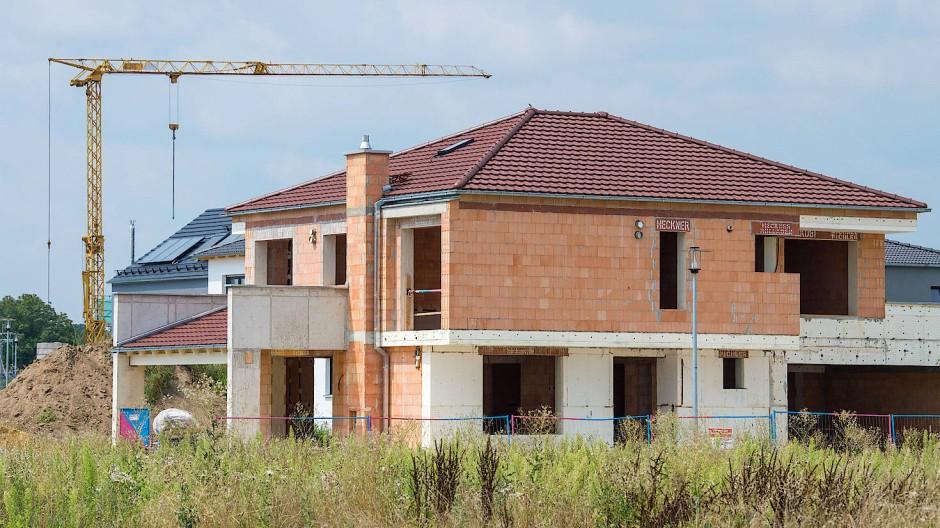 Die Bauzinsen bleiben niedrig, der deutsche Baumarkt boomt