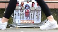 Maskenhaft: Auch dieses Jahr verläuft das Landesabitur im Corona-Modus