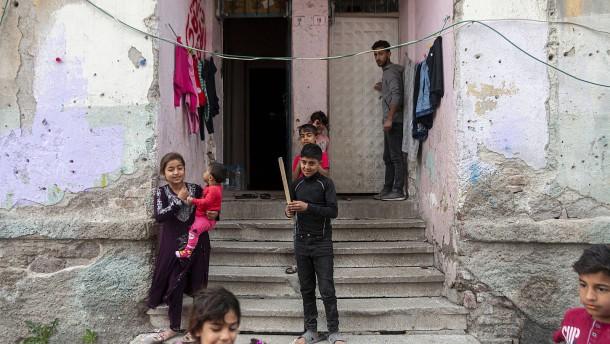 Arbeit und Bildung für die syrischen Flüchtlinge