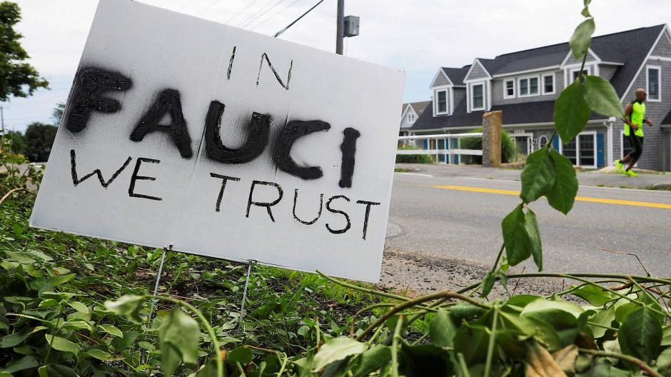 Unterstützung für Fauci in Rockport, Massachussetts