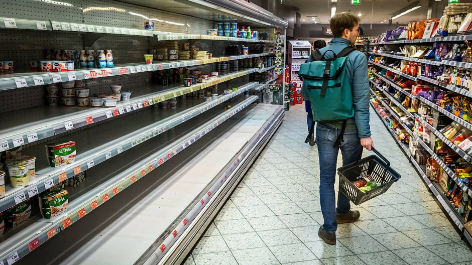 Für alles muss gesorgt sein: Einkauf im Supermarkt.