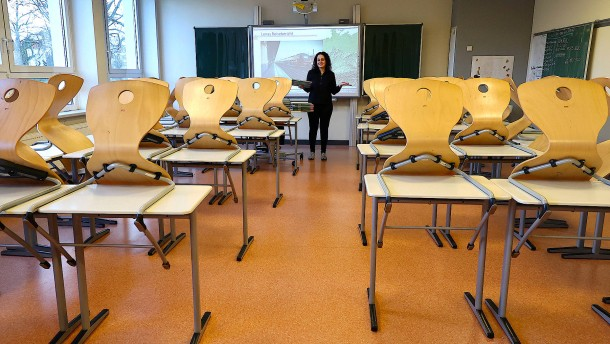 Lehrer in Krankenhäuser als Hilfskräfte?