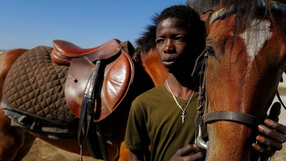 Fallou Diop gilt als einer der aufstrebensten Jockeys im Senegal.