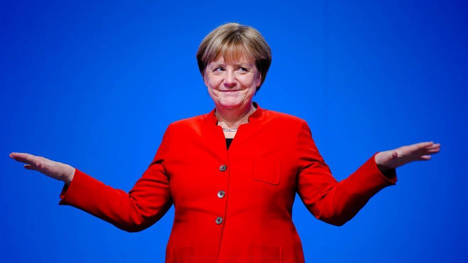 Angela Merkel nach ihrer Rede auf dem 29. Bundesparteitag in Essen im Jahr 2016